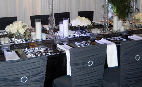 Silver aluminum tabletop for wedding table