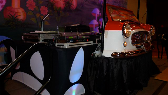 DJ Table cover with holes